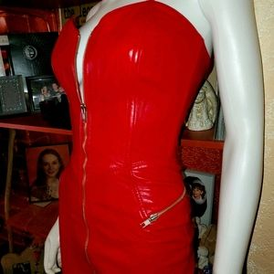 🔥RARE-VNTG-FLAWLESS 🔥SEXIEST RED LEATHER DRESS🔥
